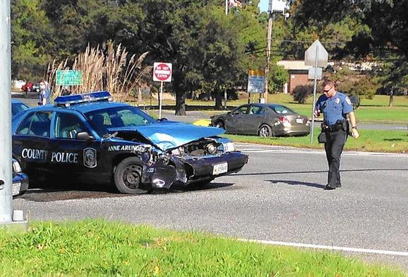 Police cruiser and honda accord collide in glen burnie for Department of motor vehicles glen burnie