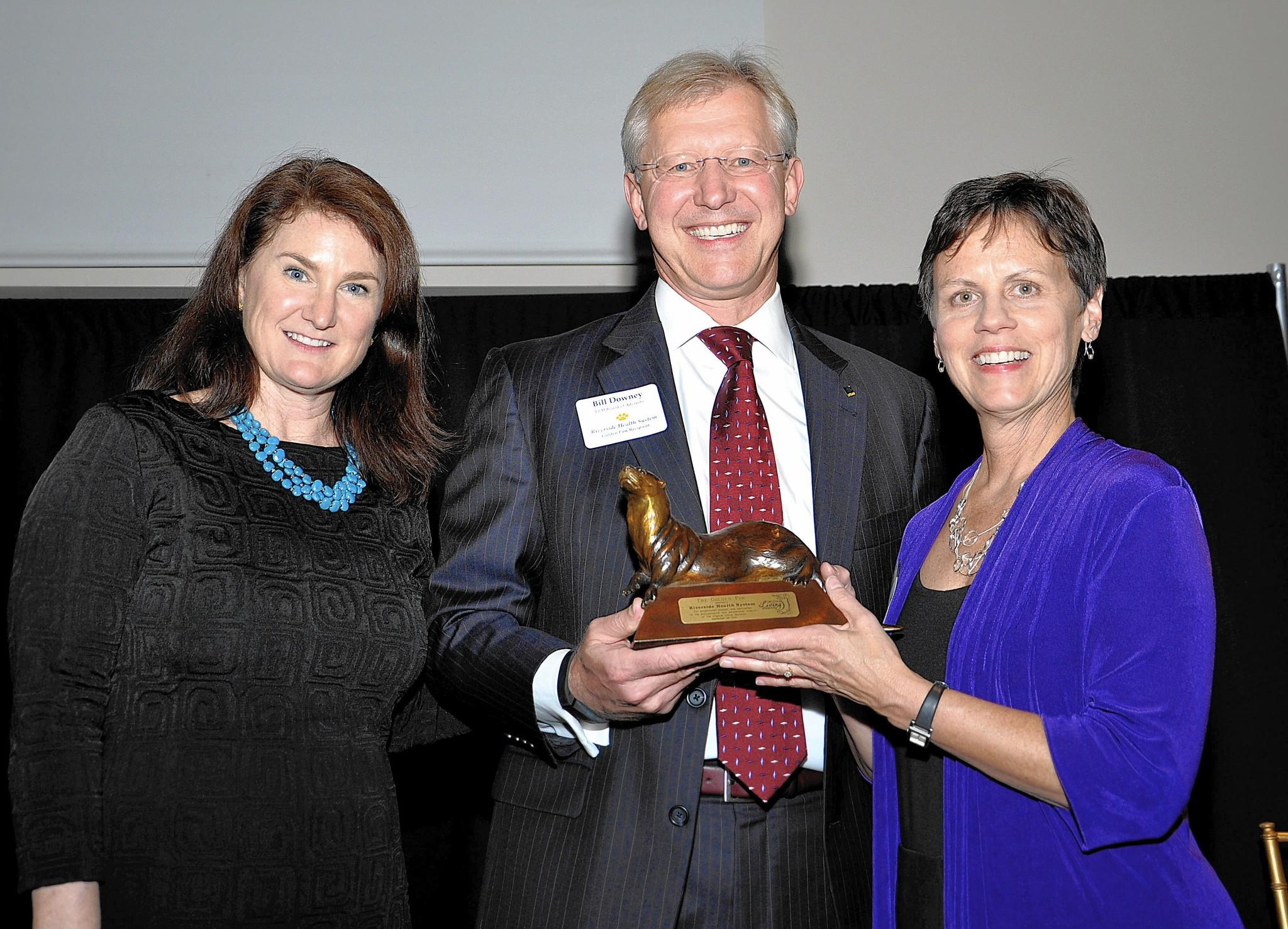 Virginia Living Museum presents Golden Paw Award to Riverside Health System Sept. 24, 2014 L to R: Page Hayhurst, Virginia Living Museum executive director; Bill Downey, CEO Riverside Health System; Kathy Howell, president Virginia Living Museum Board of Trustees. No Mags, No Sales, No Internet, No TV
