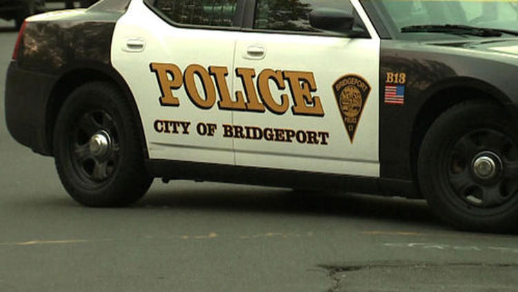 http://www.trbimg.com/img-5442f681/turbine/hc-bridgeport-domestic-shooting-1019-20141018-002/750/750x422