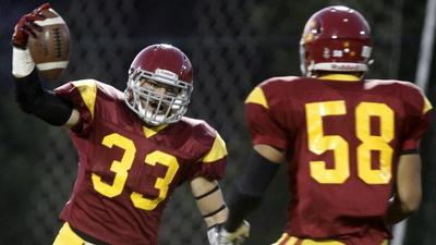 Ball-hawking defense leads way for GCC football victory
