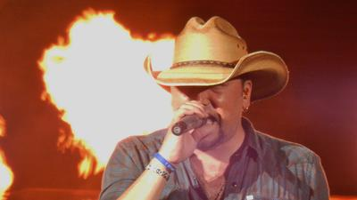 Review: Jason Aldean at Cruzan Amphitheatre