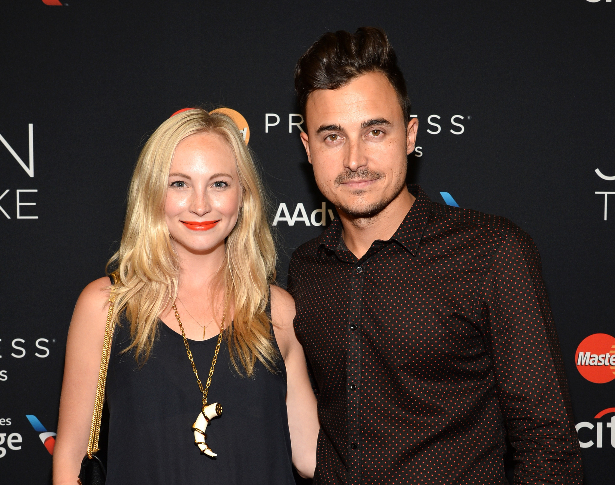 candice accola dating joe king Candice accola v san diegu v roce 2015 joe king (2014-) dating rules from my future self: chloe cunningham: 6 dílů.
