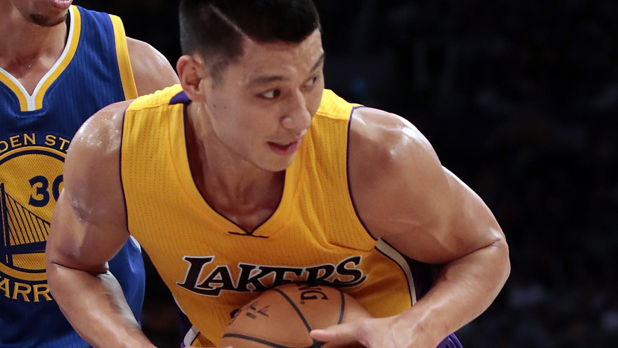 林書豪近幾年肌肉變化,苦練多年終成「麒麟臂」 臥推輕松200磅-Haters-黑特籃球NBA新聞影片圖片分享社區