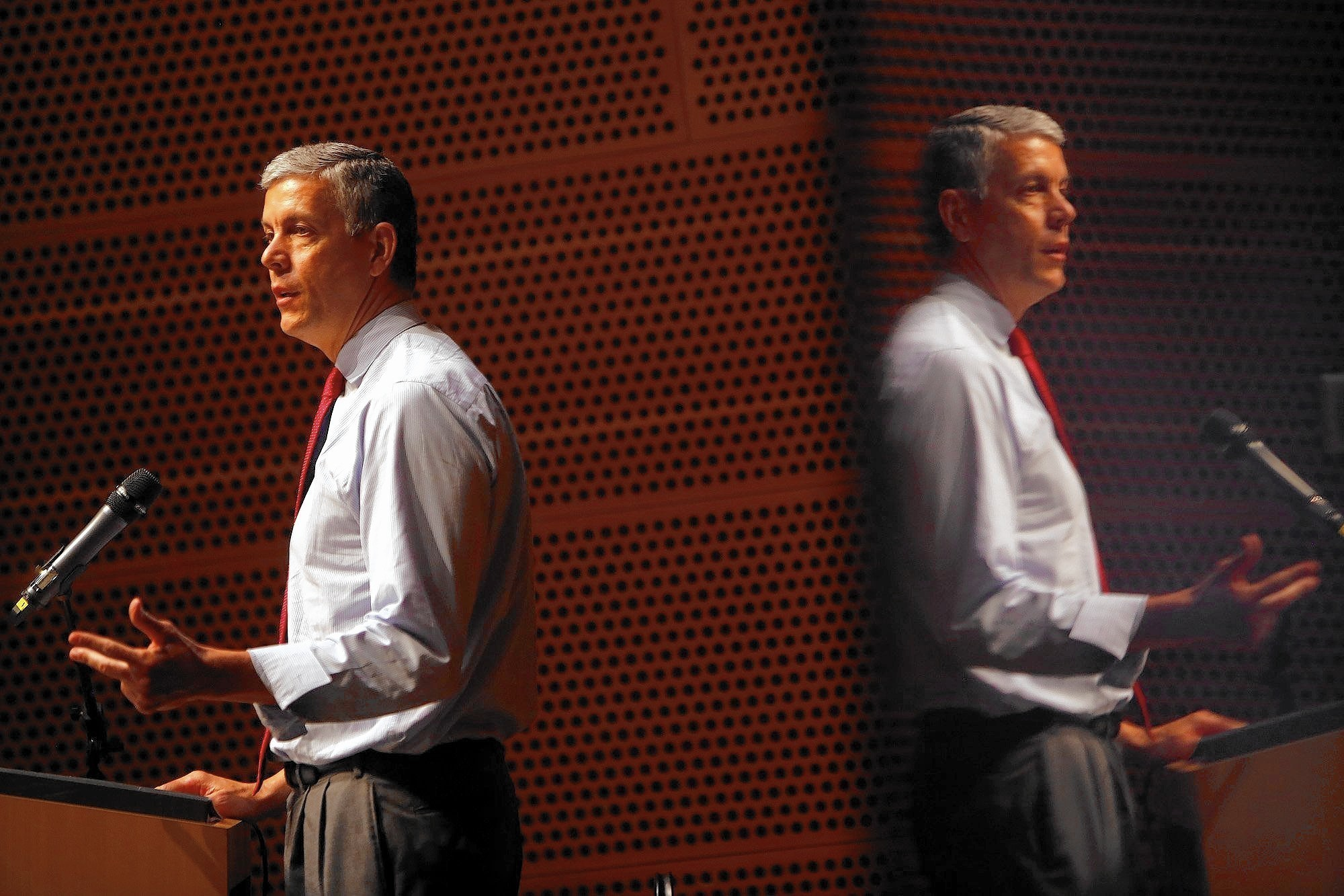 Education Secretary Duncan talks tech with L.A. Unified's Cortines