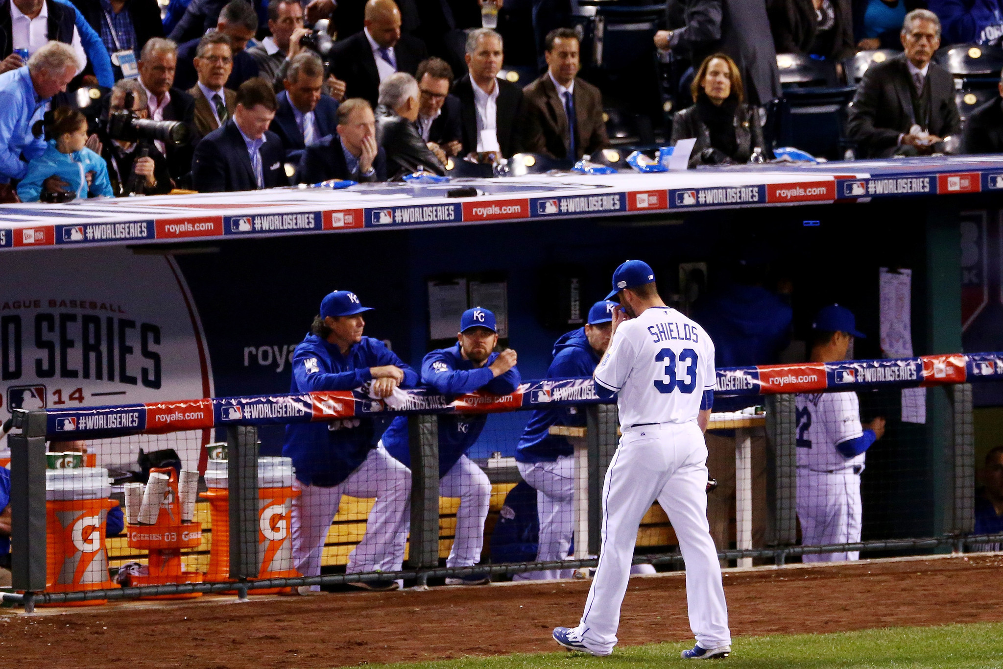 Royals run out of magic in Game 1 loss to Giants