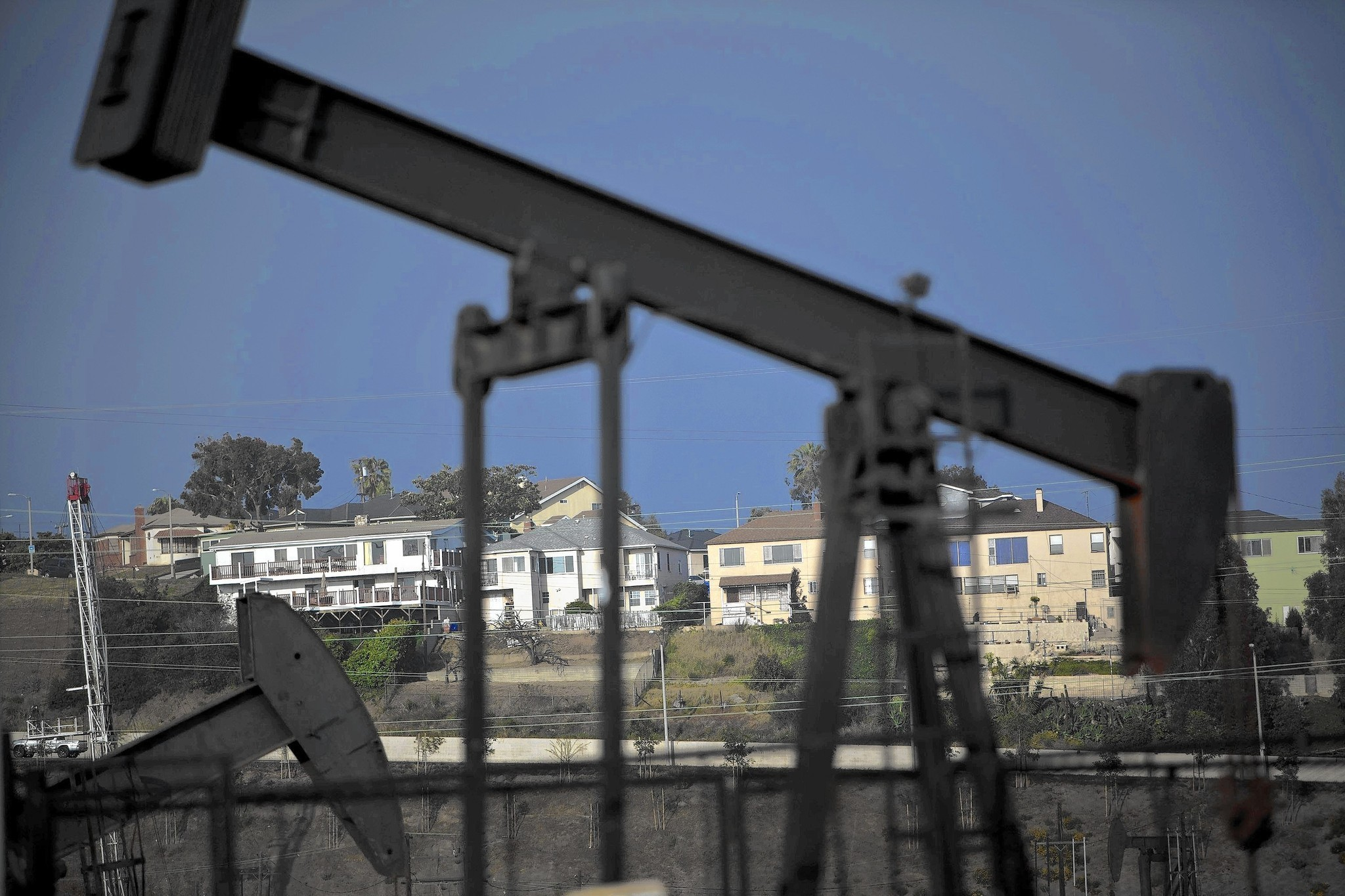 More than 5 million in state live near oil or gas well, report says