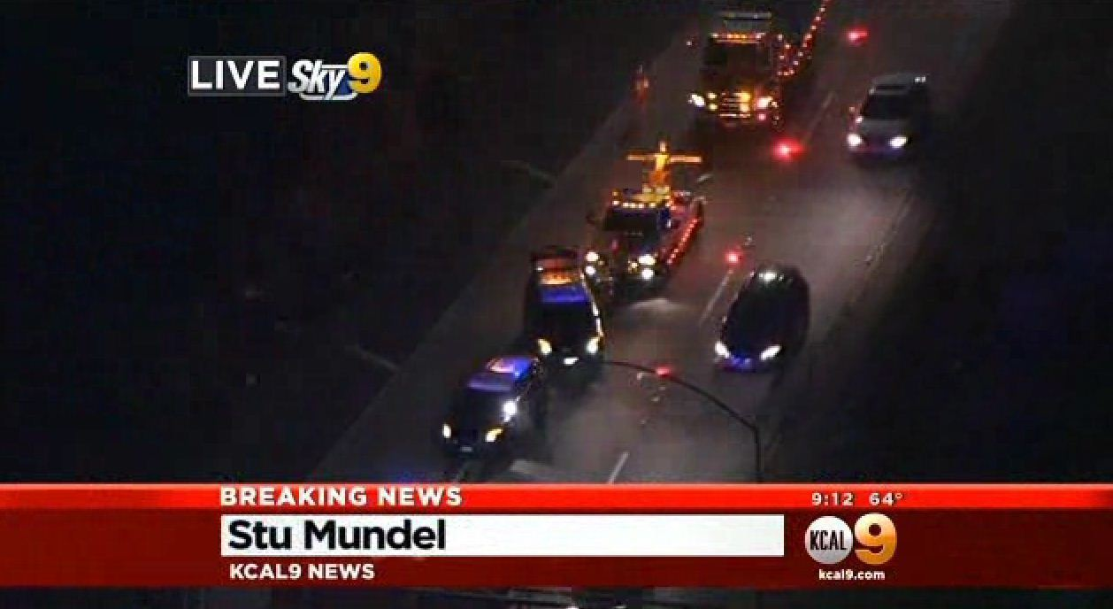 Man dies after being ejected from vehicle on 134 Freeway