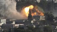 Air strikes hit Islamic State near Syrian border town