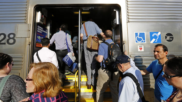 Your Metra fare hike will not go to new trains – Chicago Tribune
