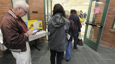 More than 200 cast ballots during first two hours of early voting in Carroll