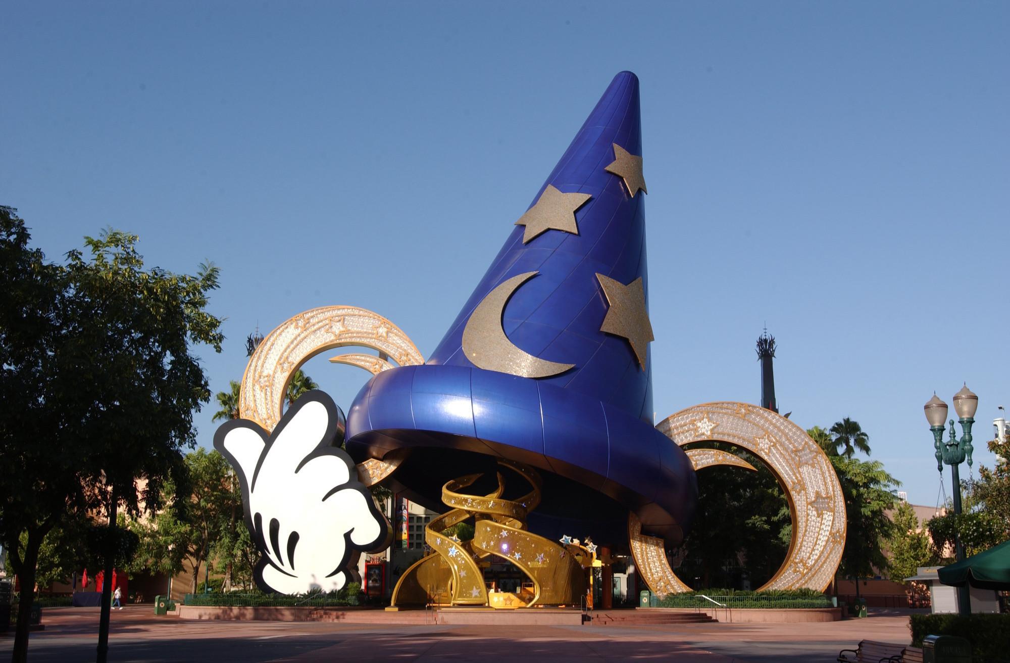 disneys hollywood studios removing sorcerers hat
