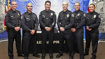 Glendale police swear in new recruits
