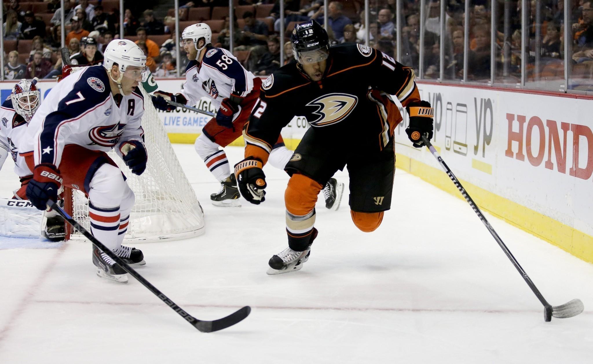 Ducks Beat Blue Jackets, 4-1, Extending Win Streak To Seven Games