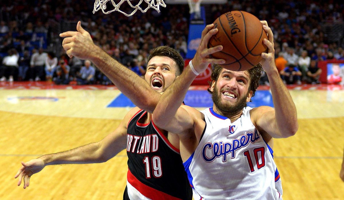 Clippers end preseason with a loss to Portland Trail Blazers, 99-89