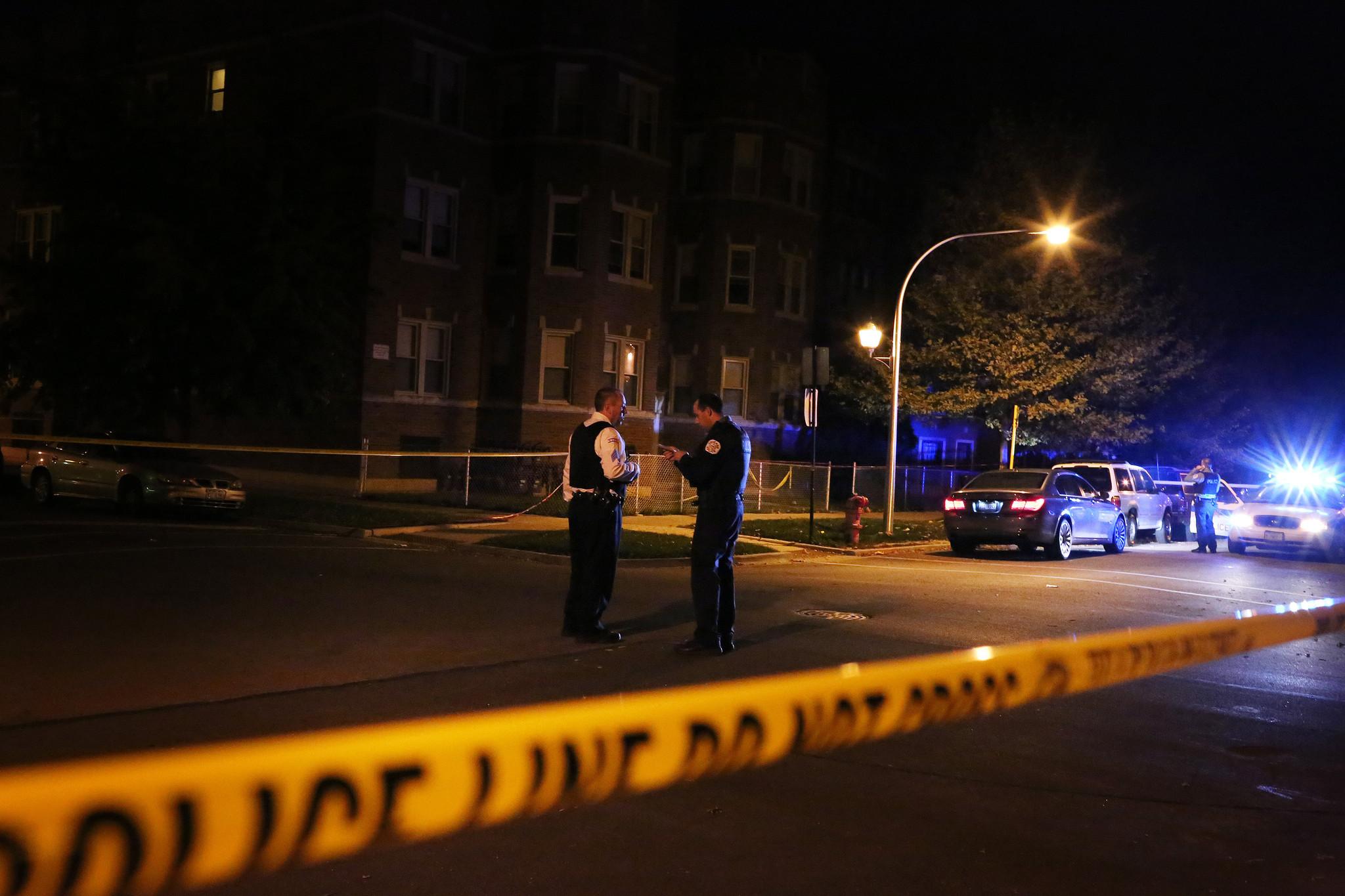 5 hurt in shootings Saturday