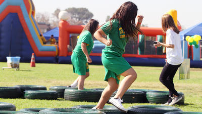 Titans run through obstacles for Toll Middle School