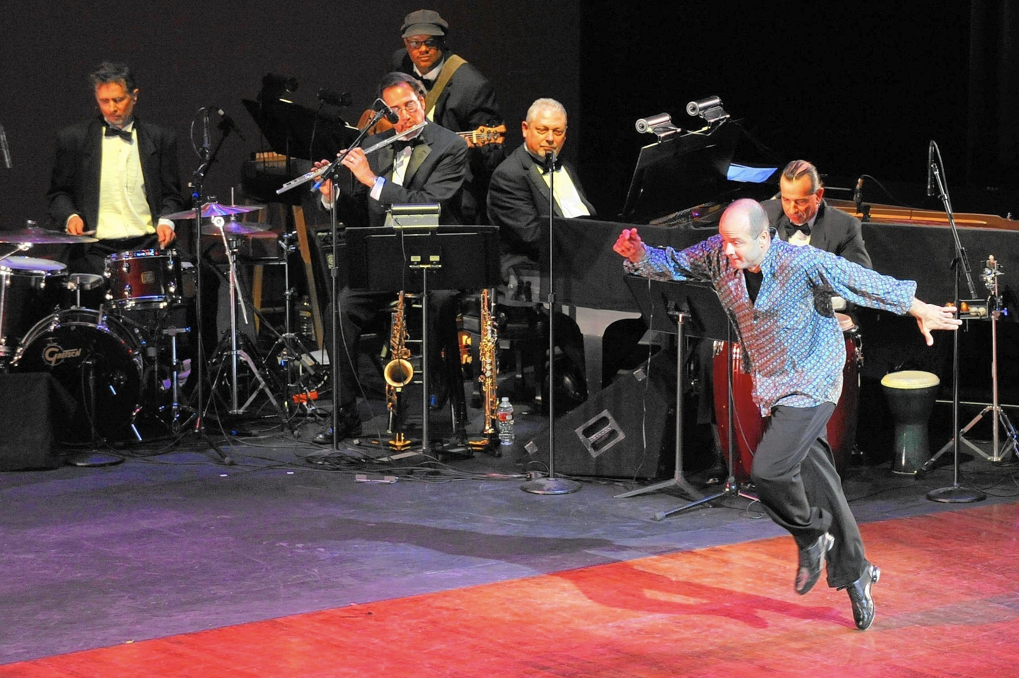 Bob Carroll dies at 48; a lauded improvisational tap dancer