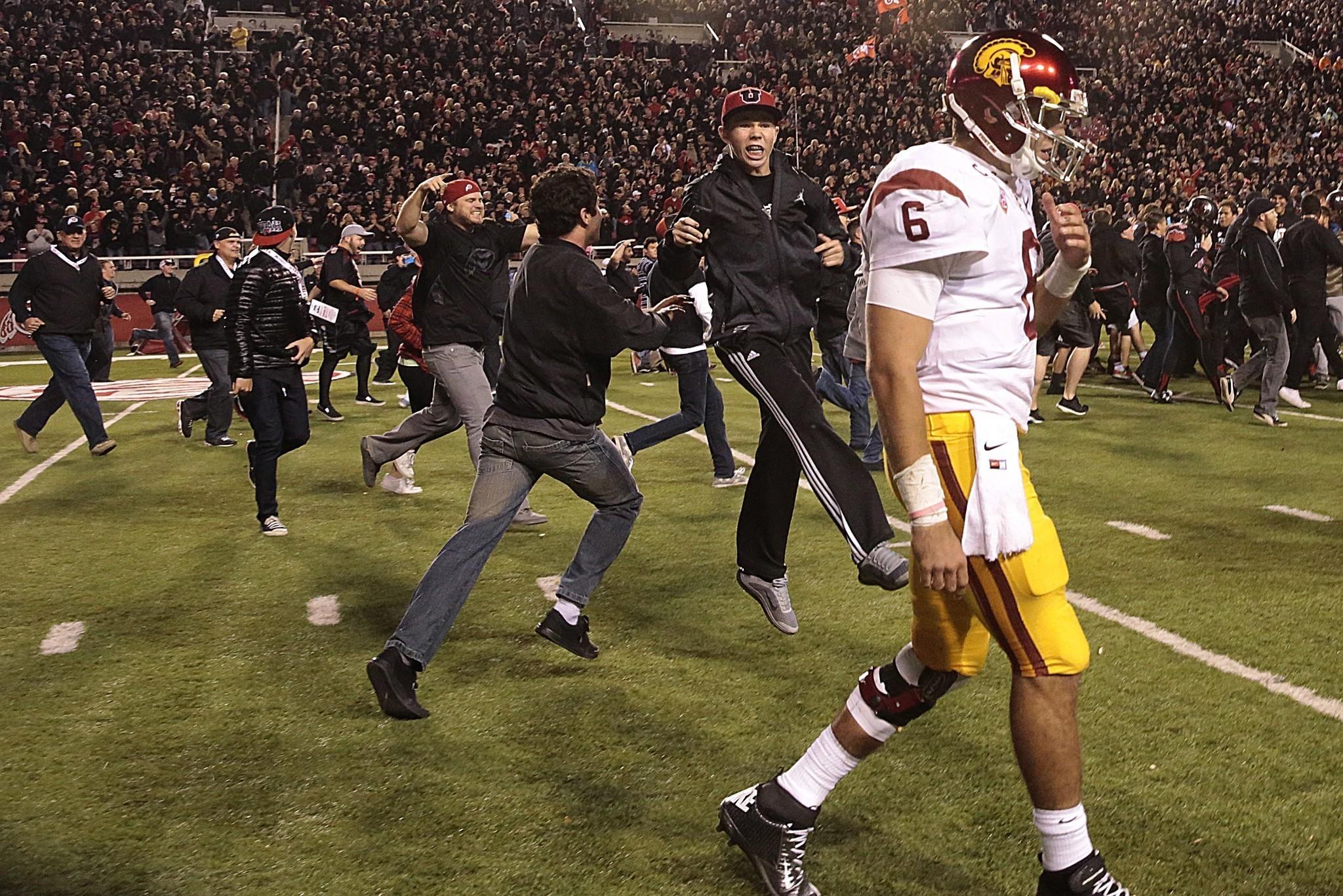 USC goes down the same dark road in loss to Utah