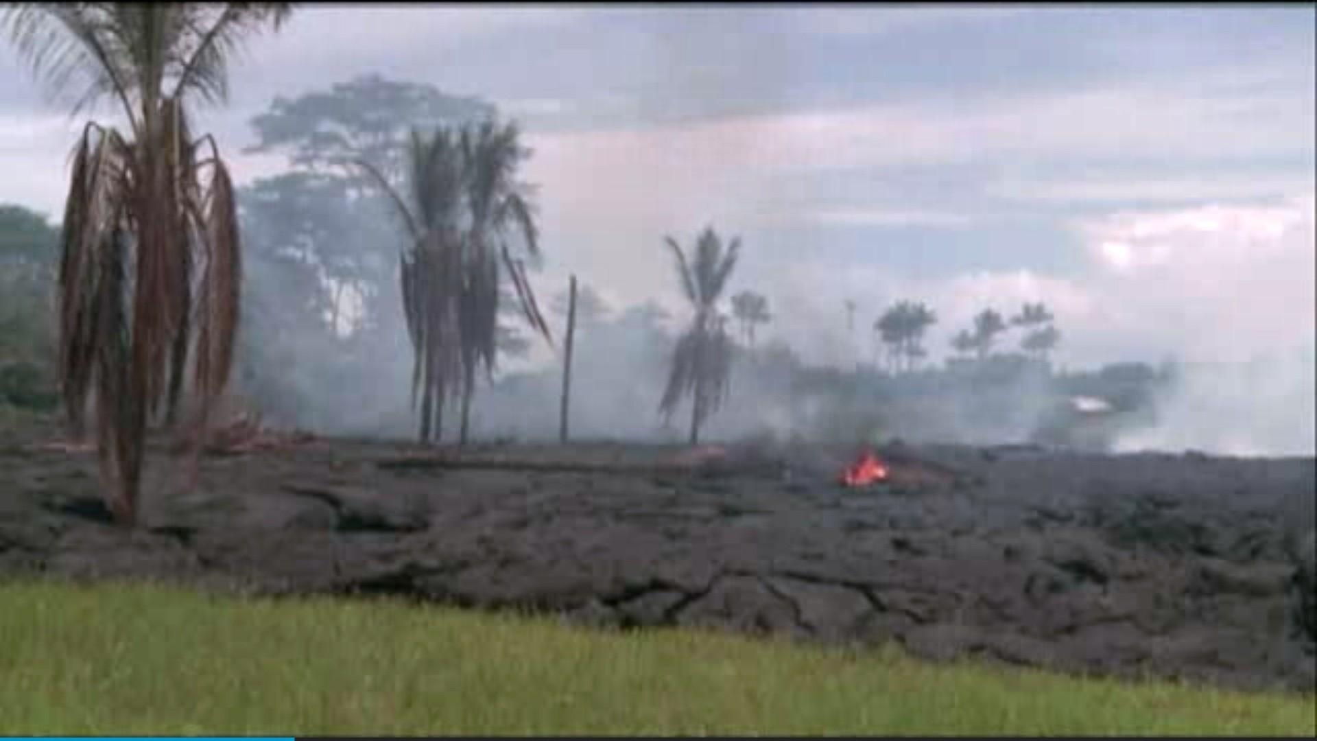 Lava from Kilauea moves closer to Big Island homes