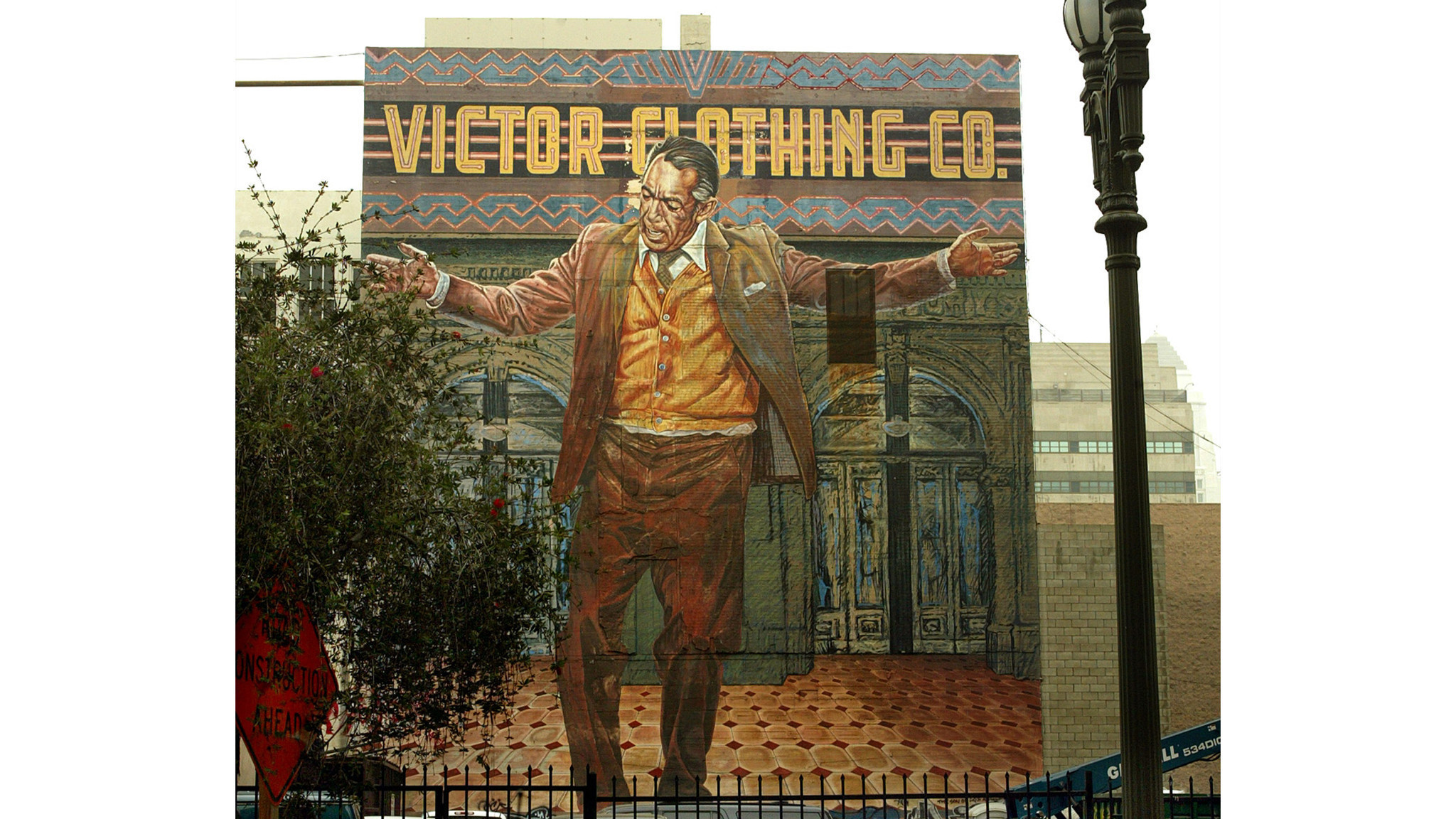 Anthony quinn 39 pope of broadway 39 mural to get restored for Anthony quinn mural