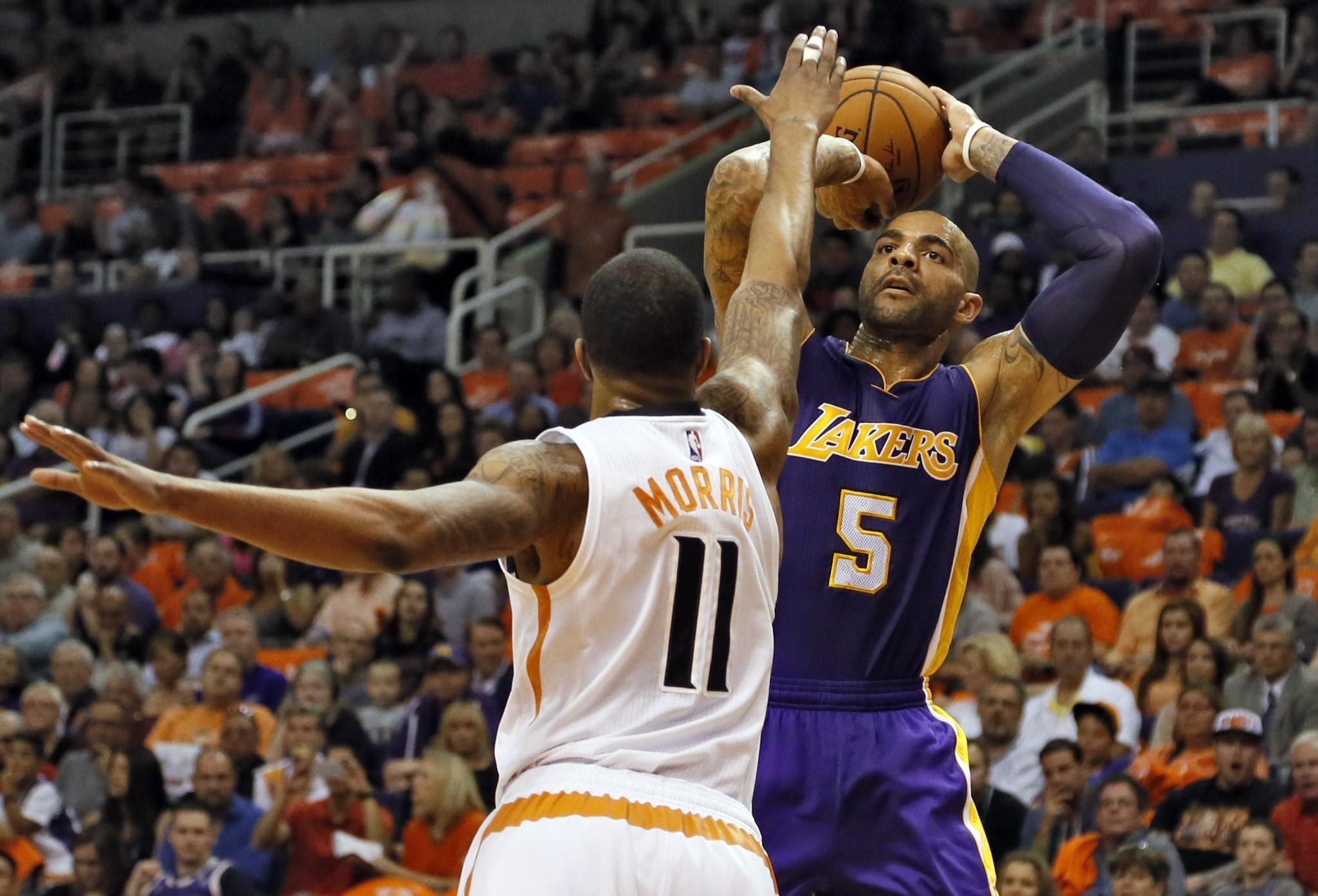 Five takeaways from Lakers' 119-99 loss to Phoenix