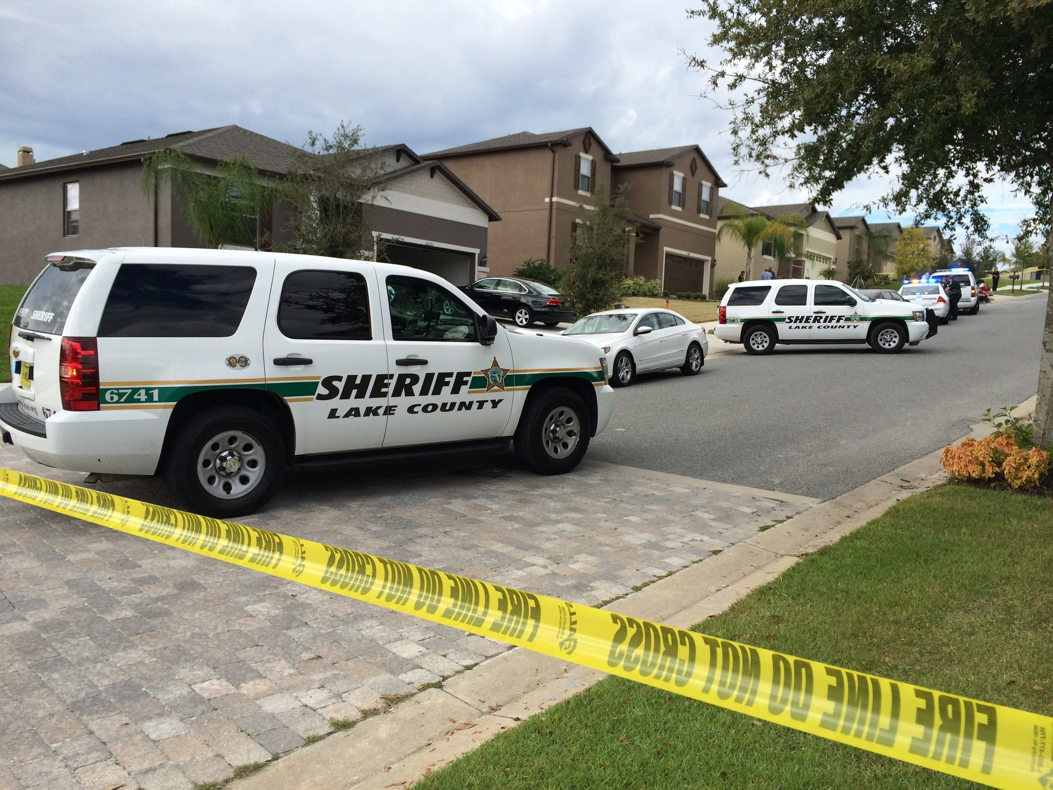 Woman shot by ex-boyfriend thought to be 'intruder' in stable condition