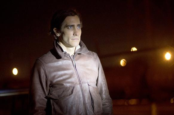 """<b>R; 1:57 running time</b><br><br> Jake Gyllenhaal lost 30 pounds for his new movie, """"Nightcrawler,"""" and the result is simple and eerie, much like the film itself. He appears to be wearing a Jake Gyllenhaal mask, all cheekbones, sallow complexion and unblinking laser-beam eyes..<p> -Michael Phillips <br><br><a href=""""http://www.chicagotribune.com/entertainment/movies/ct-nightcrawler-20141030-column.html"""">Read the full """"Nightcrawler"""" movie review</a>"""