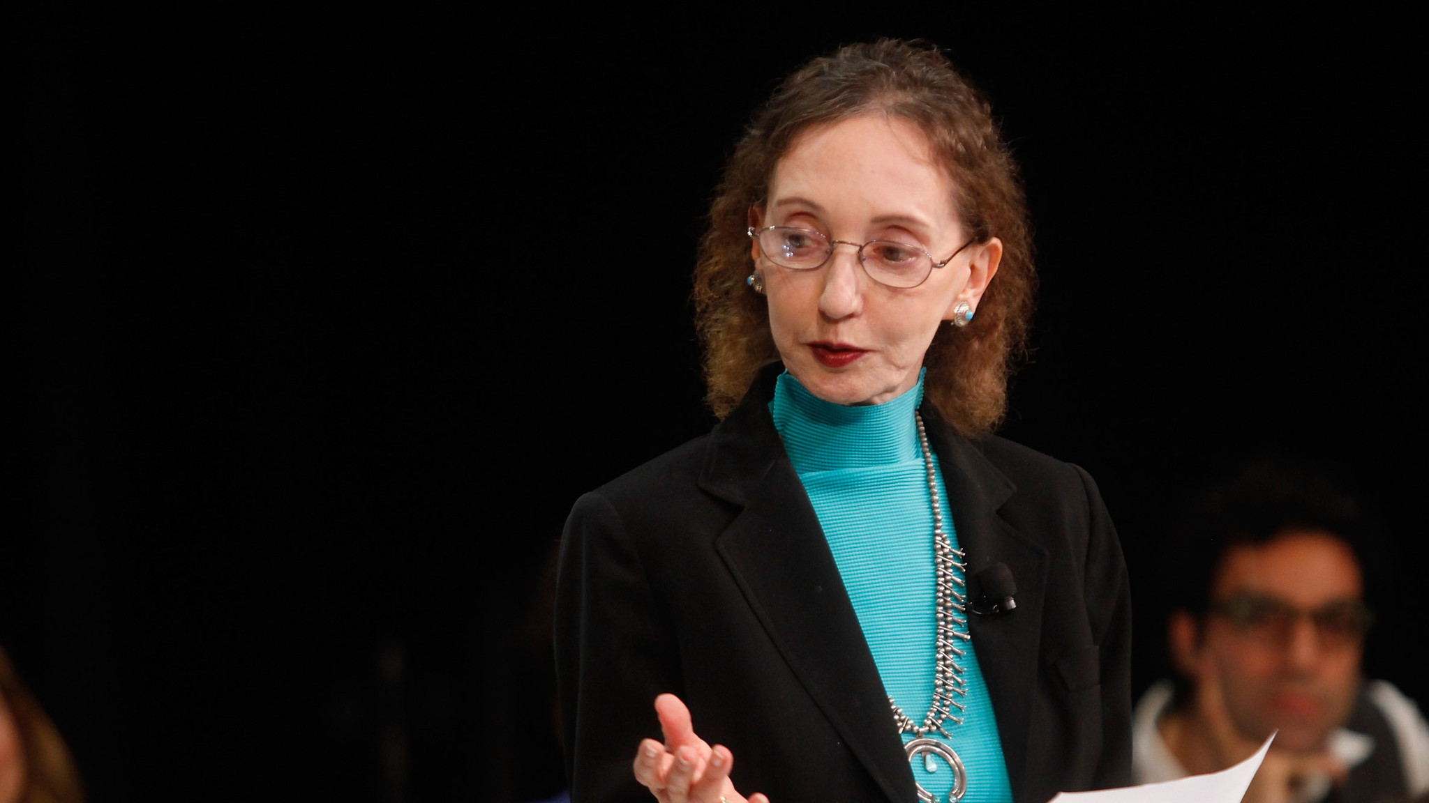 decision making and joyce carol oates Joyce carol oates tweeted that joyce carol oates, we in mississippi do read joyce carol oates tweeted that i know she was commenting on the current flap over the biloxi school district's mind-numbing decision to yank harper lee's classic novel to kill a.