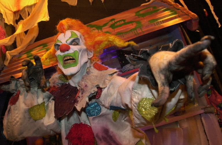 halloween horror nights hints at return of jack the clown orlando sentinel