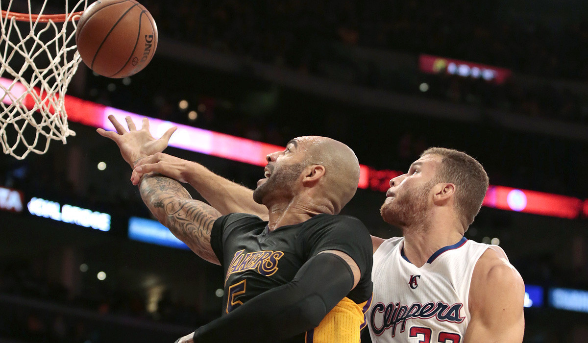 Game updates: Lakers vs. Clippers