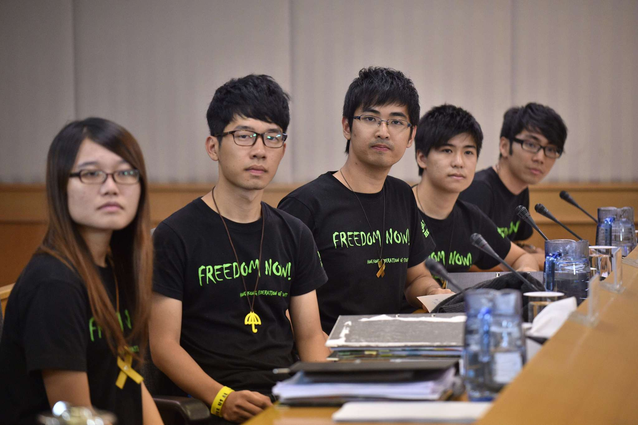 Hong Kong student protest leaders seek talks with Beijing officials