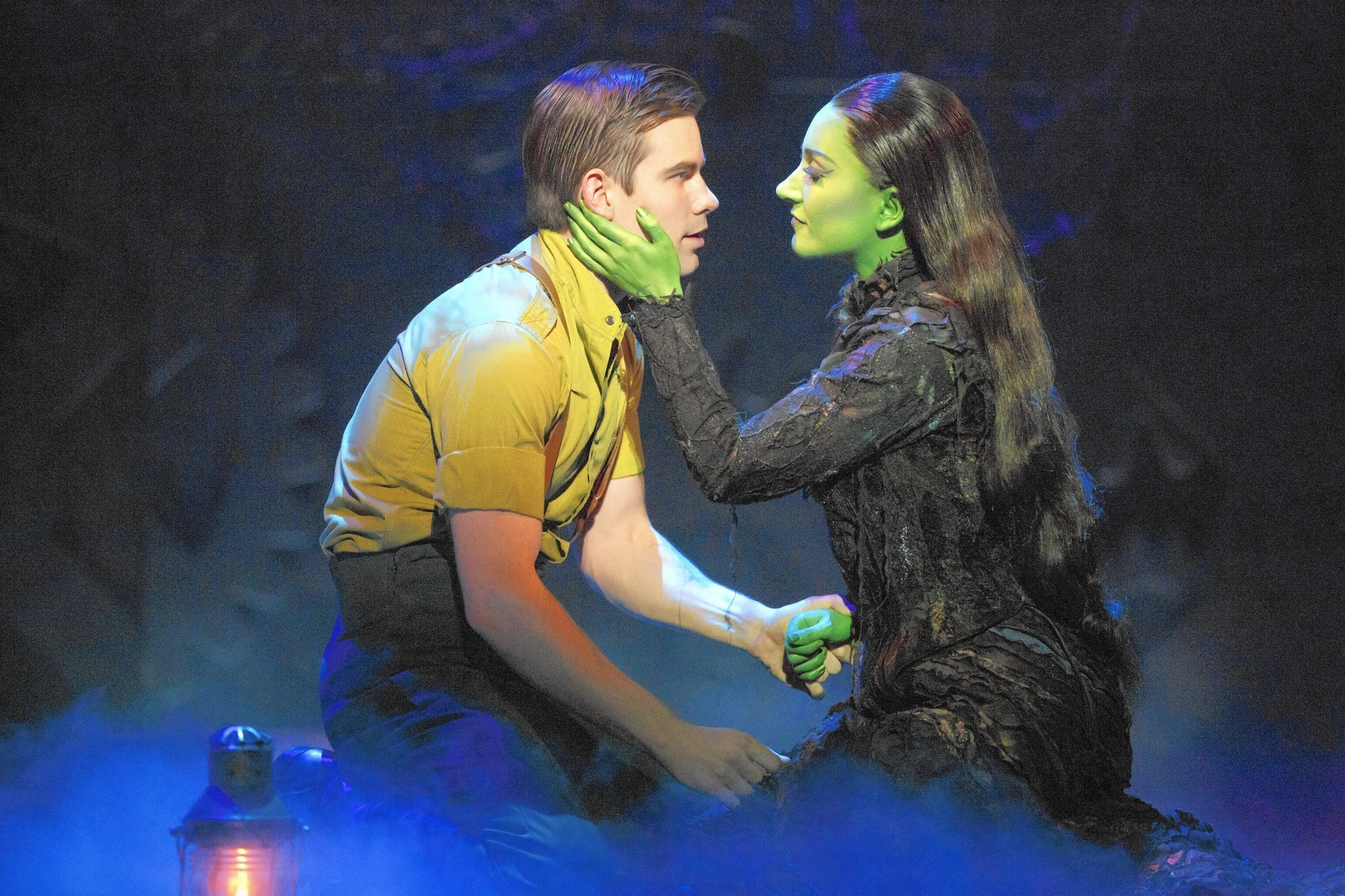 a review of the broadway musical wicked by stephen schwartz and winnie holzman The hit broadway musical wicked opened on broadway in with an all-star creative team led by stephen schwartz (music), winnie holzman (book) this review is.