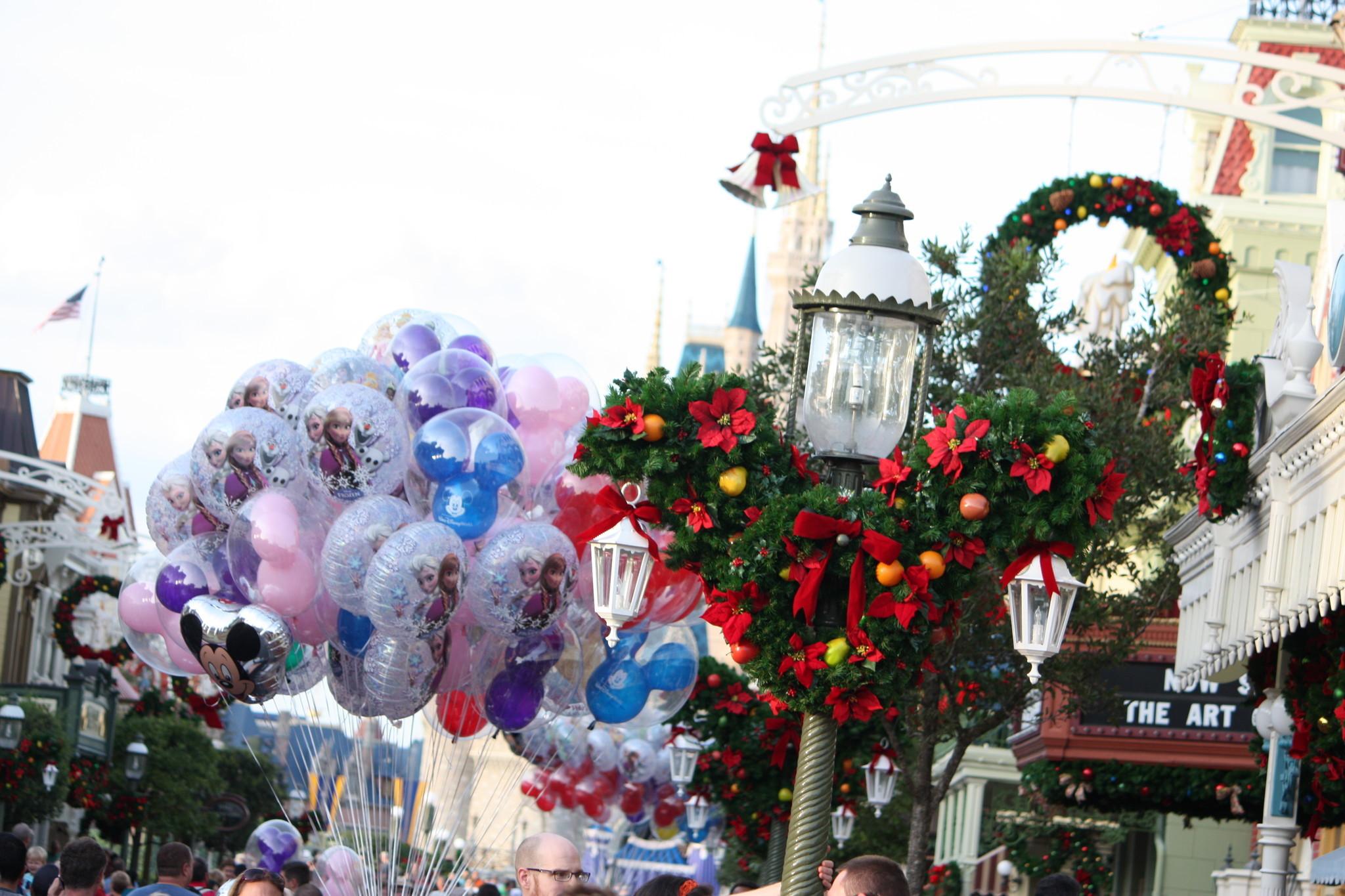 how disney decorates for christmas holidays orlando sentinel - When Is Disney Decorated For Christmas