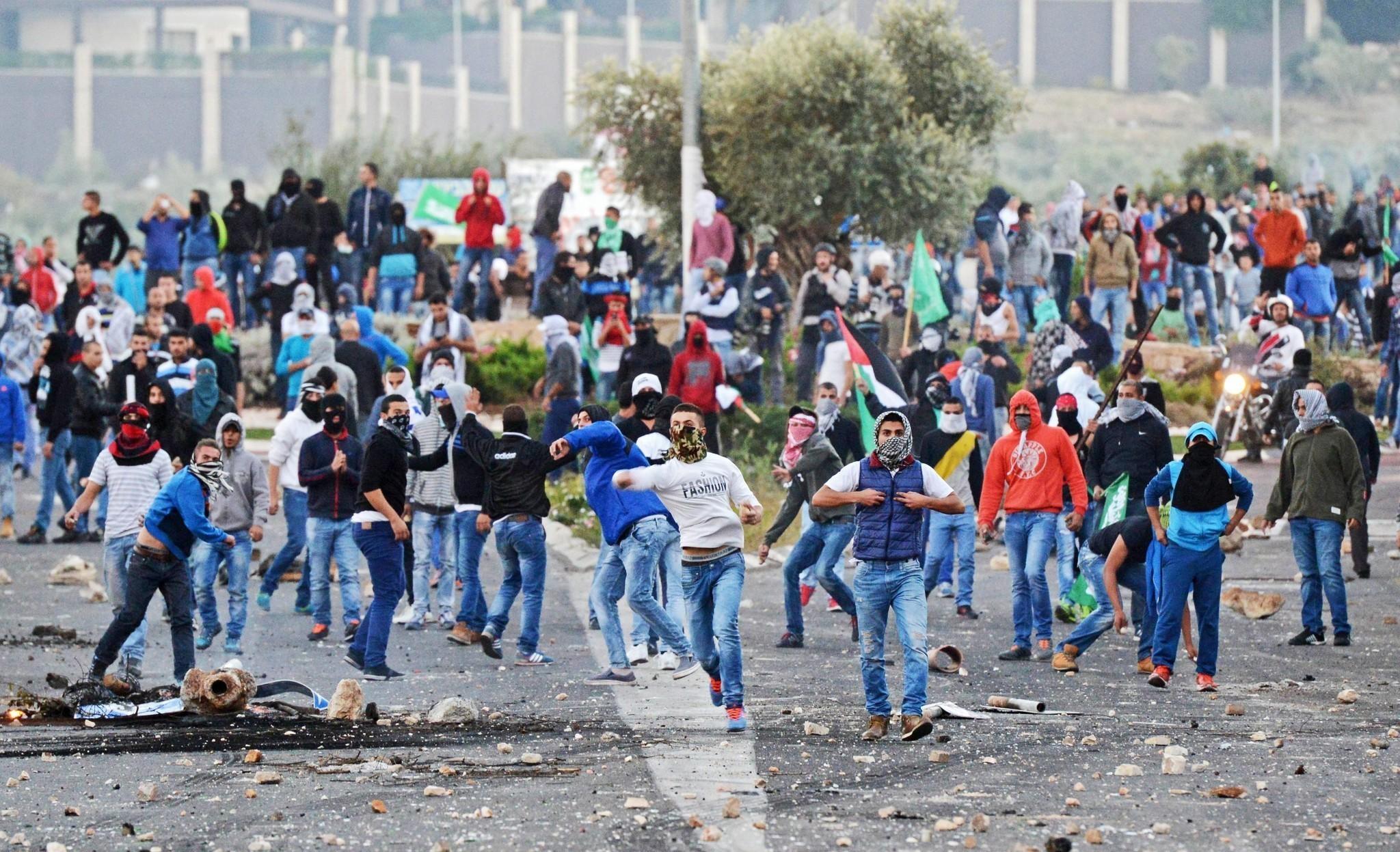 Fatal police shooting prompts strike by Israeli Arabs - LA ...
