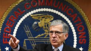 Obama strongly endorses tough net neutrality rules