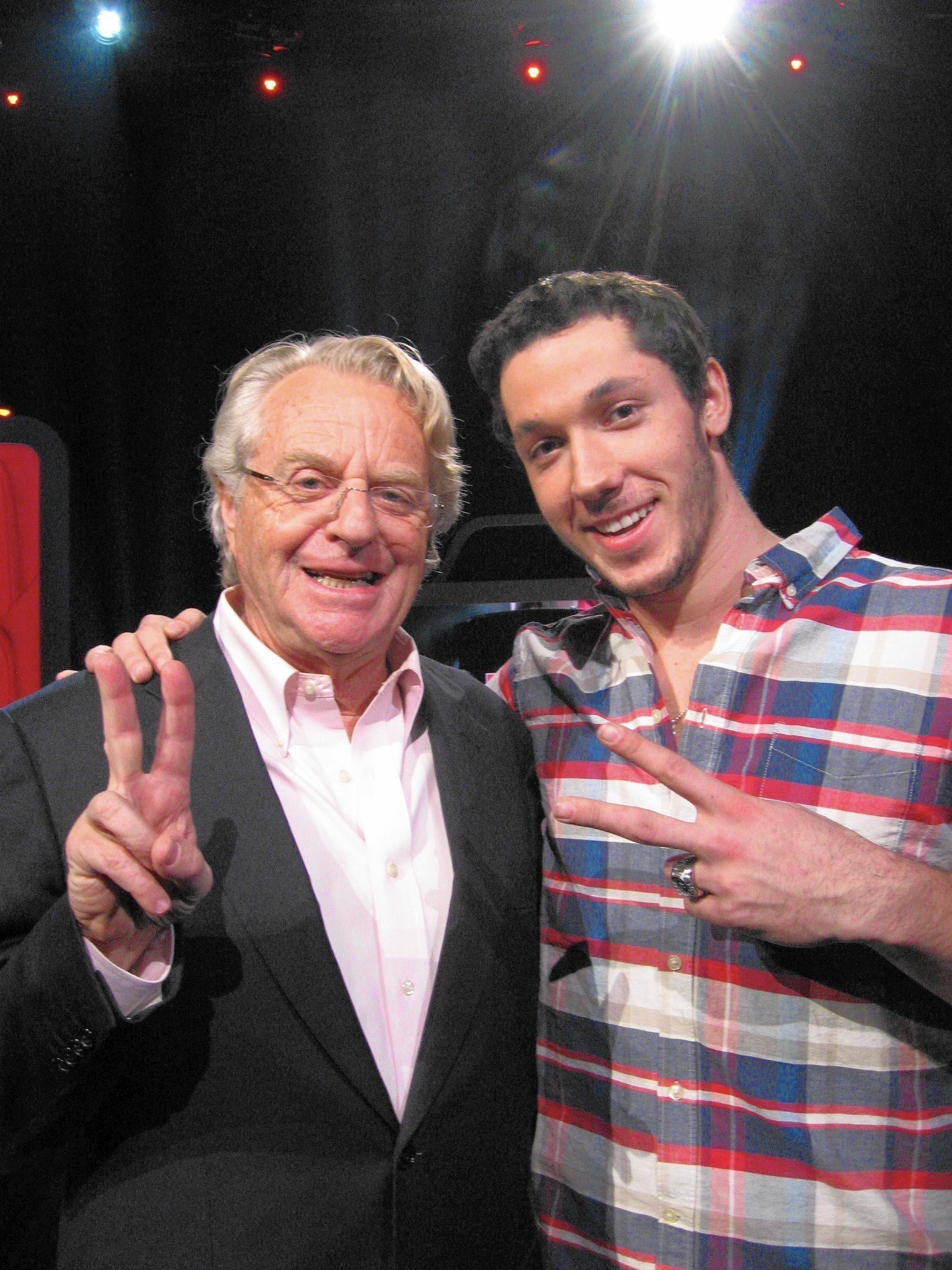 springer singles & personals Jerry springer dating show 'baggage' arriving on channel 4 maury, the jerry springer show, the steve wilkos show all renewed jerry springer to host new show 'tabloid'.