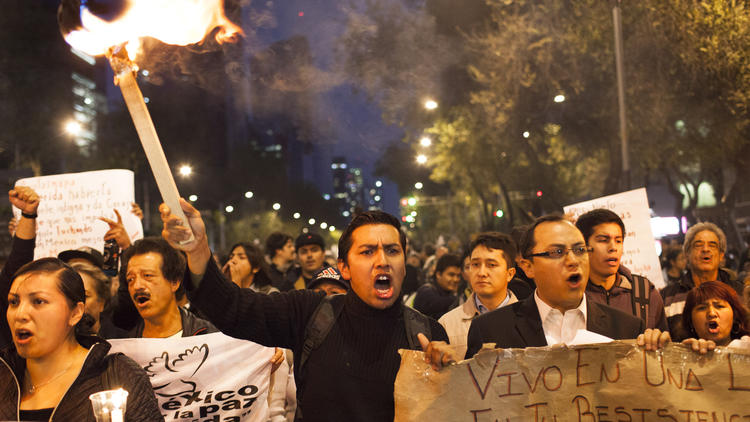 Protests on anniversary of Mexican Revolution