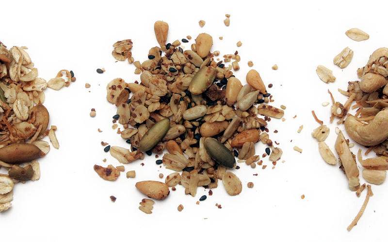 Pecan-pepita granola