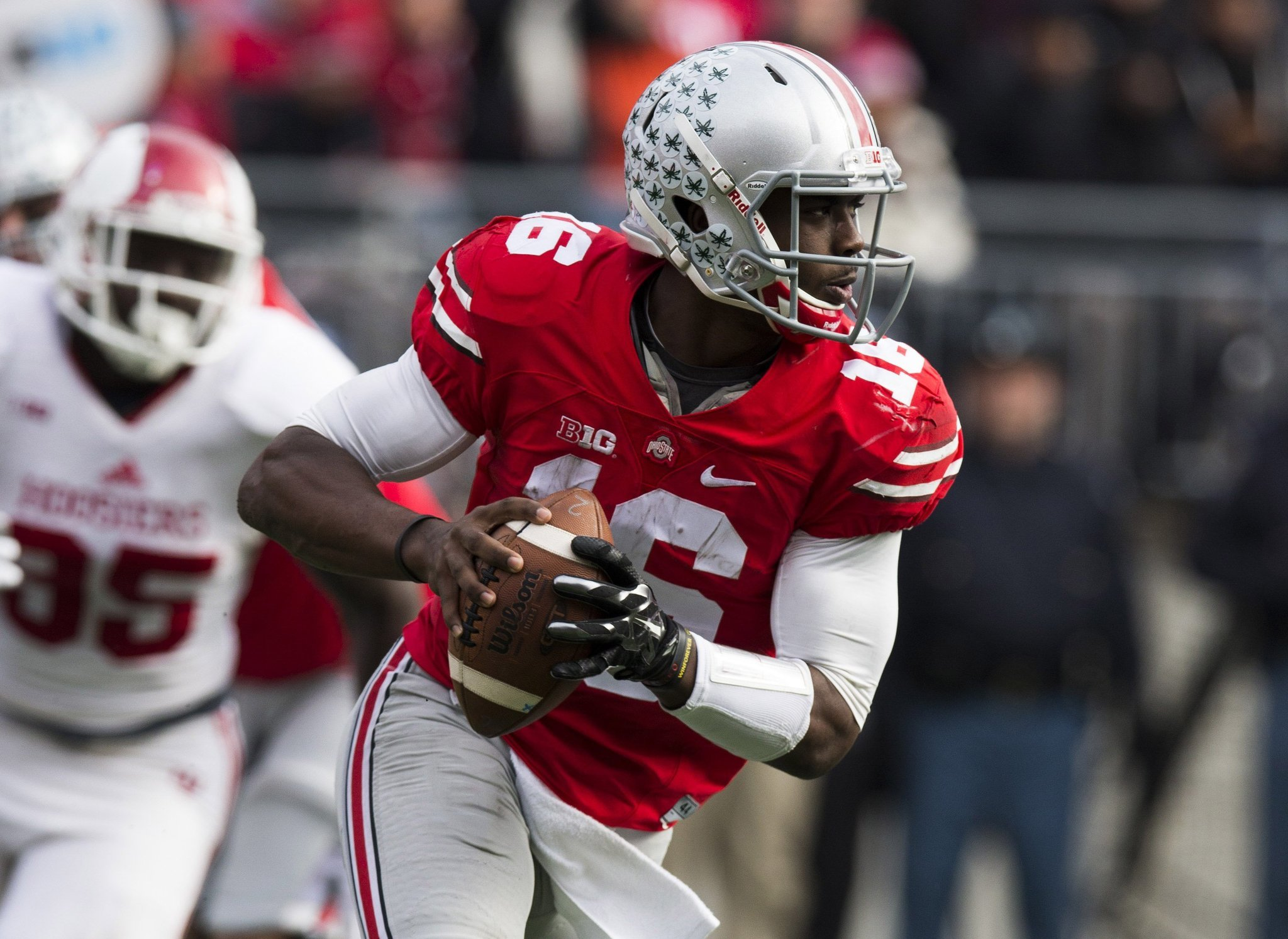 Ohio State rallies, clinches East title