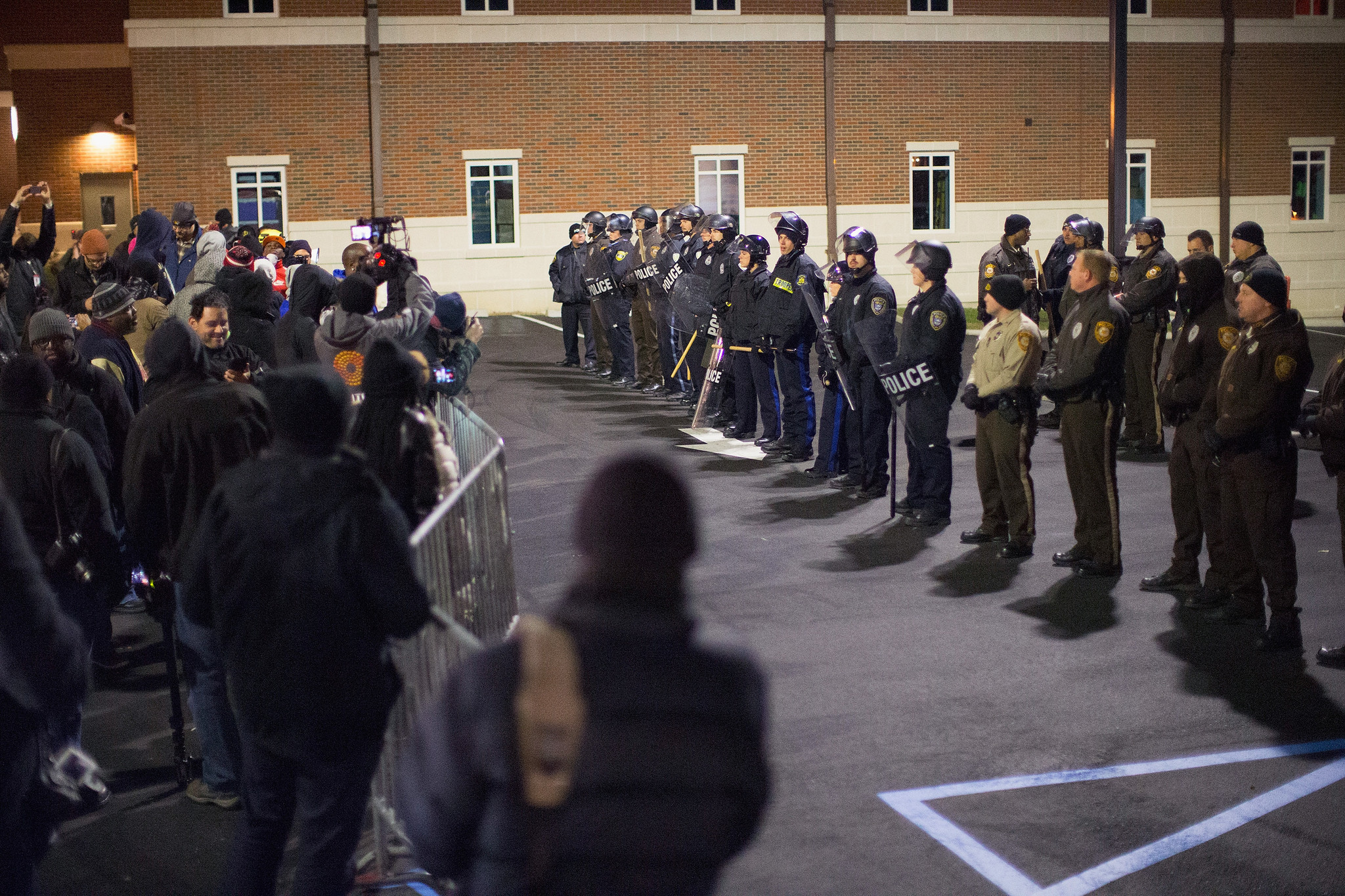Grand jury decision on Ferguson shooting to be announced shortly