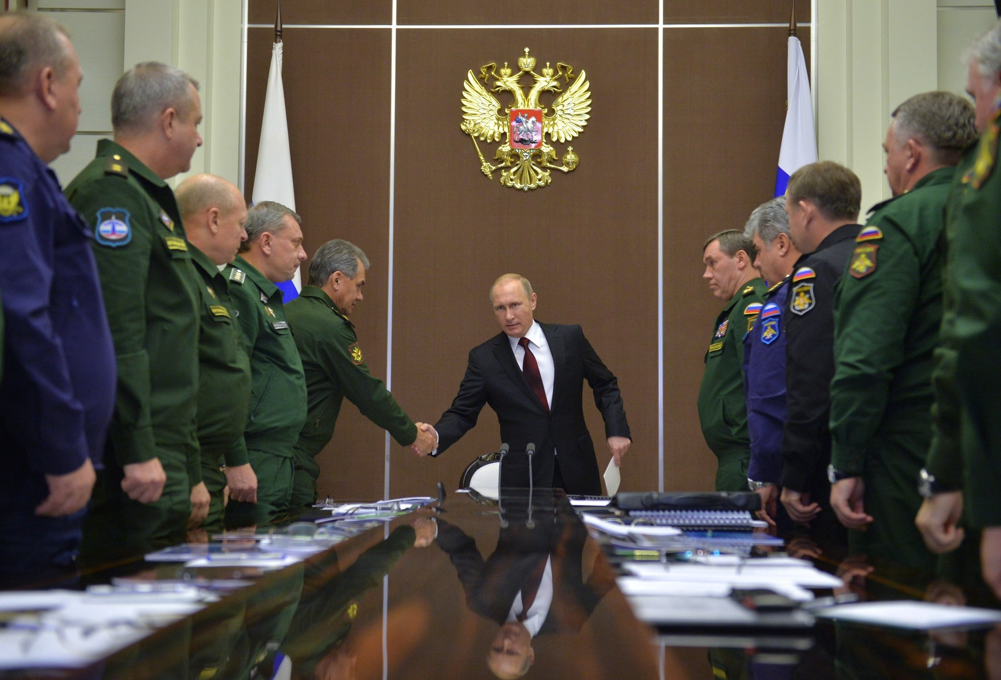 Russia says it loses billions to oil slump, sanctions