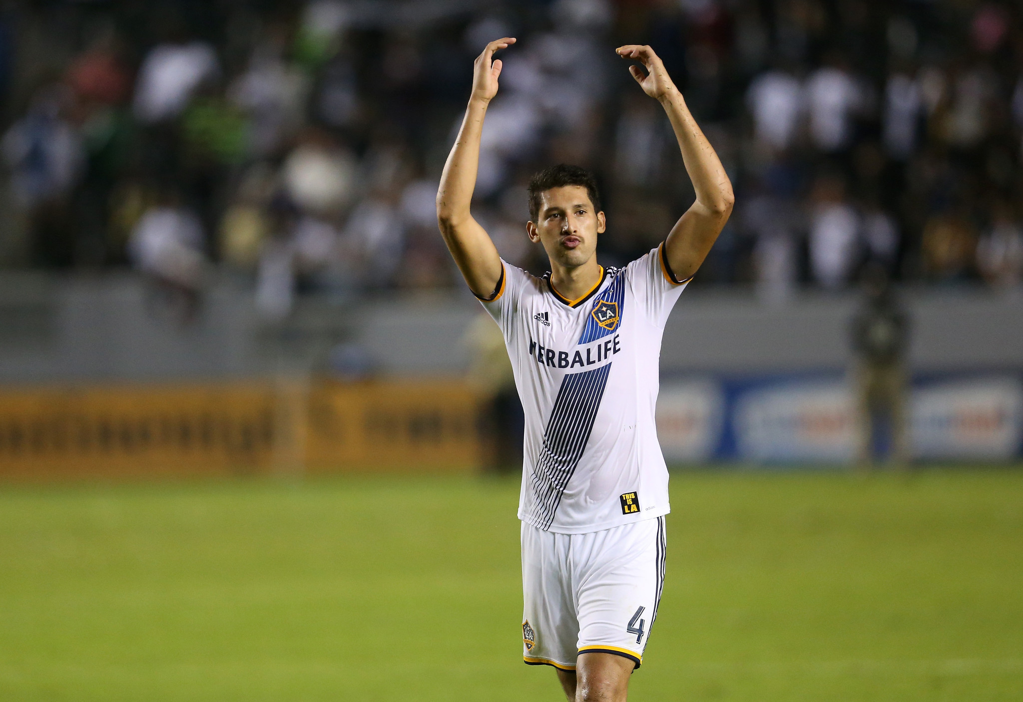 Galaxy's Omar Gonzalez finishes third in voting for MLS top defender