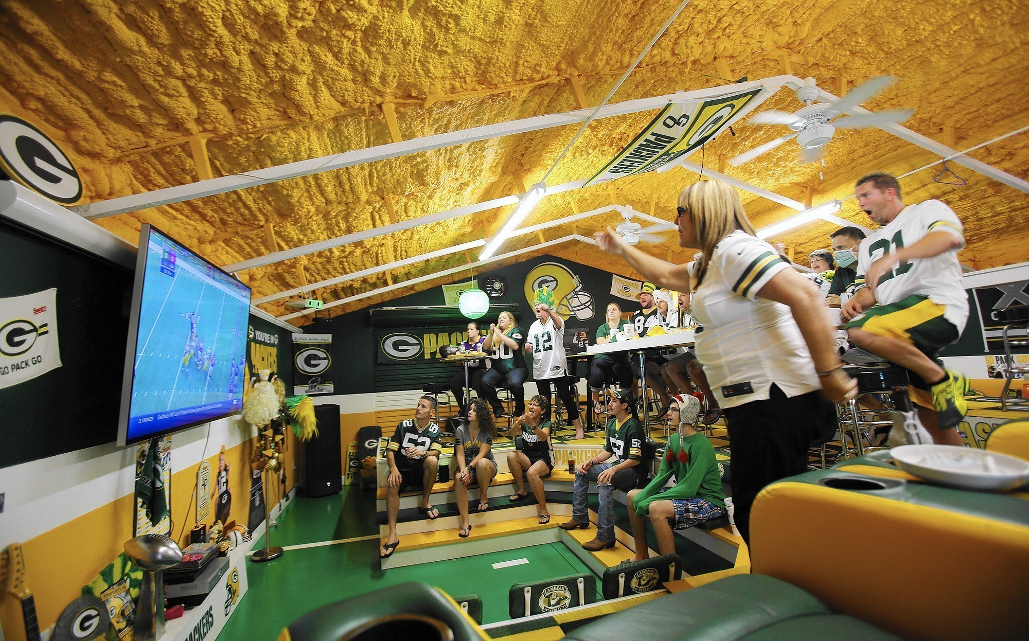 Green Bay Packers Fan Brings A Frozen Tundra Experience To Florida Orlando Sentinel