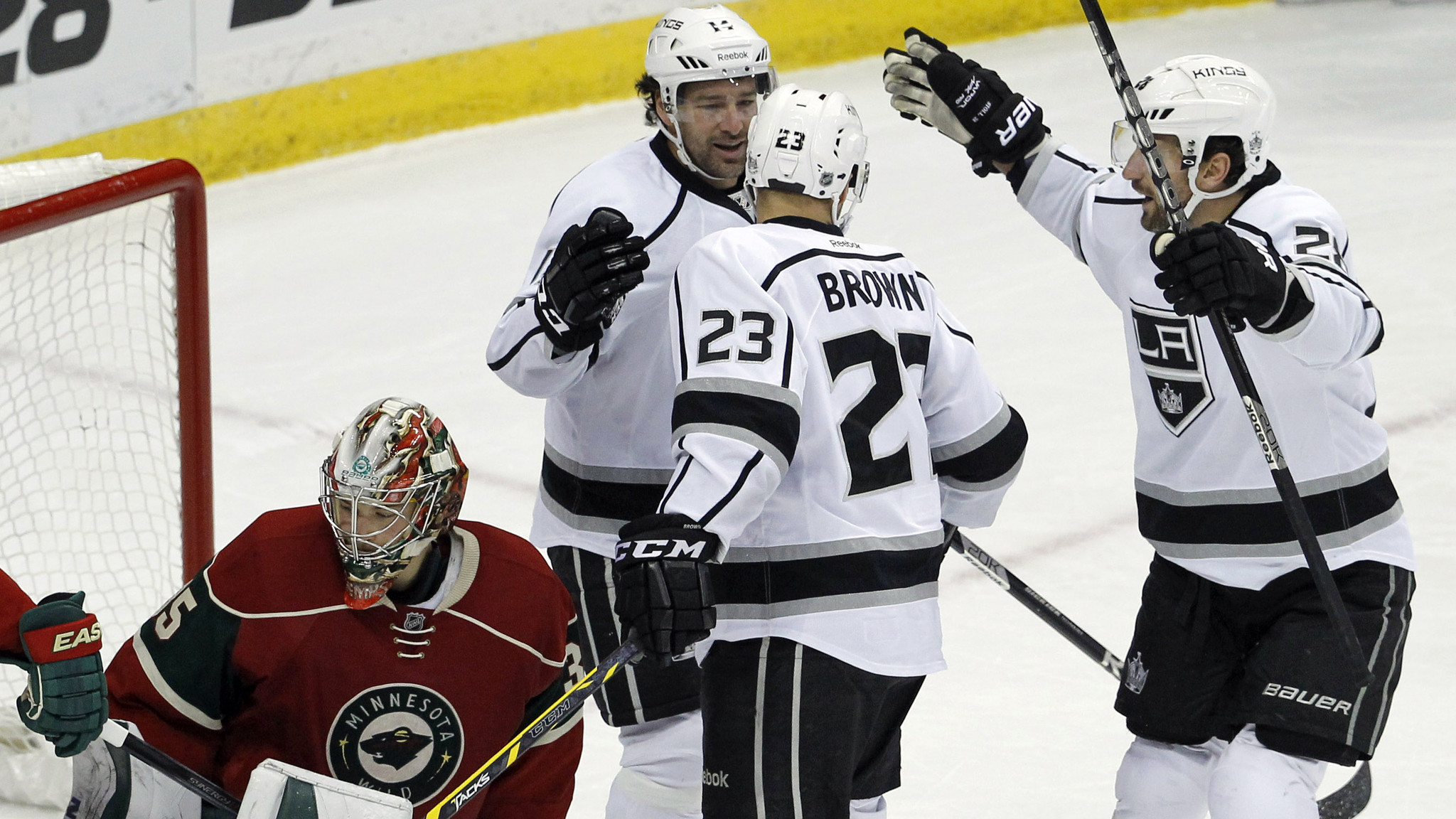 Kings dominate in 4-0 victory over Wild