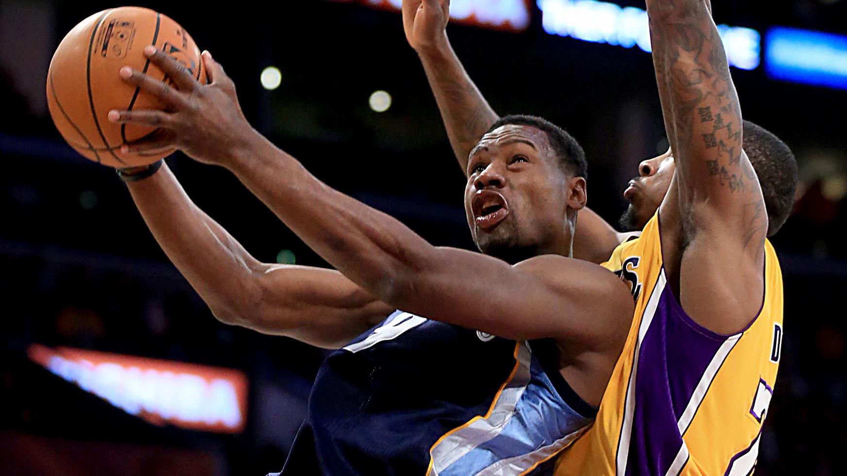 Lakers vs. Memphis Grizzlies: quarter-by-quarter updates