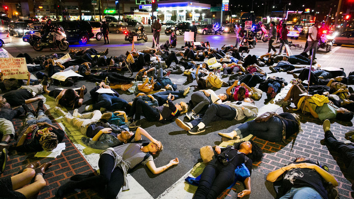 338 L.A. arrests: No warnings, 'penned in,' arrested, protesters say