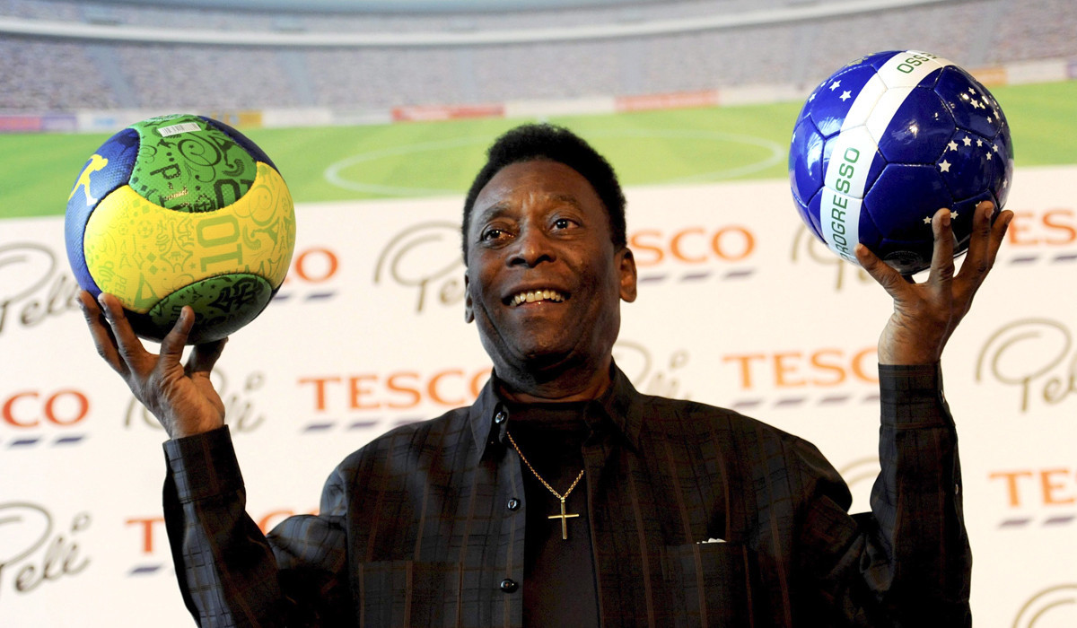 Hospitalized Pele is 'fine' after transfer to special-care unit