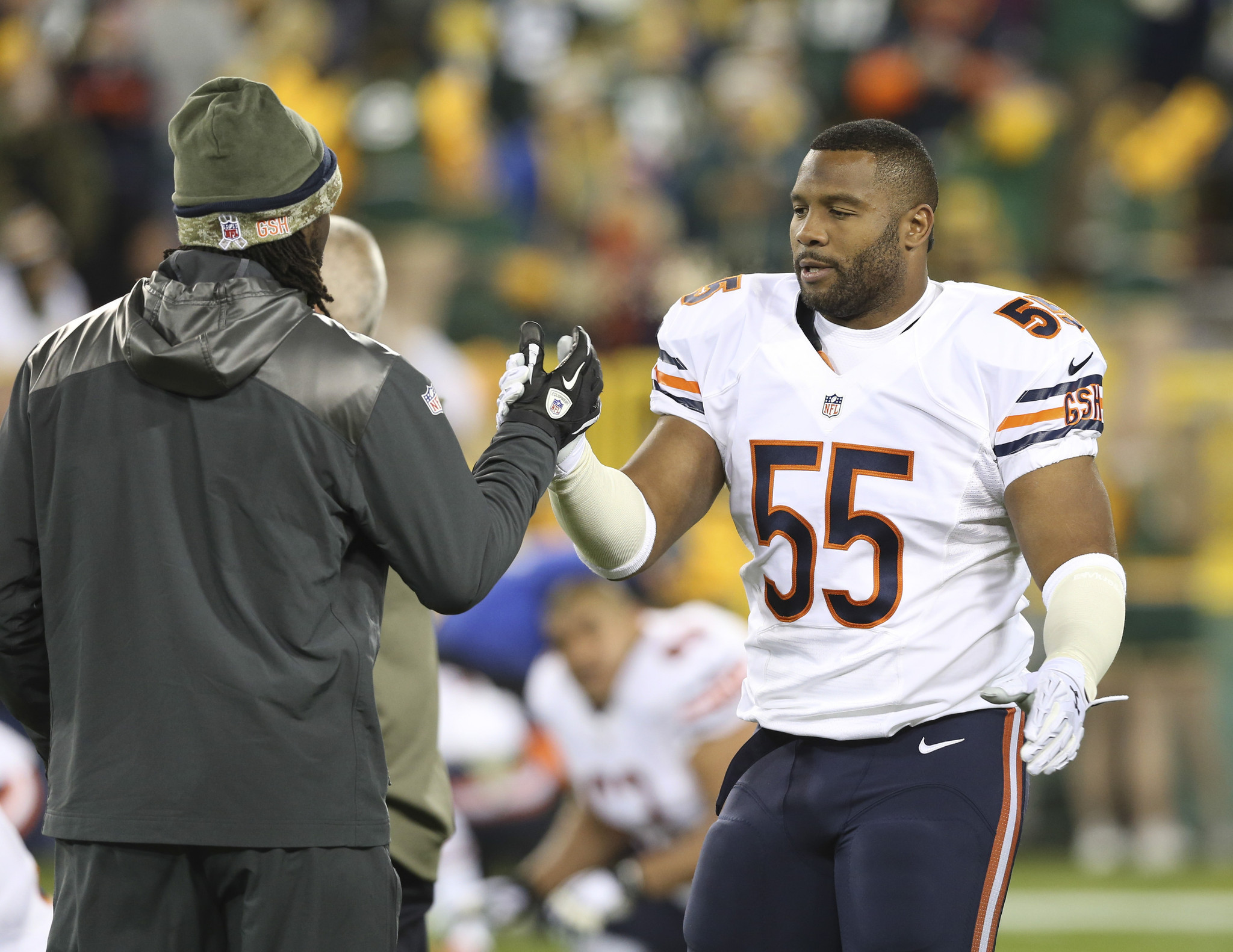 Lance Briggs done for season, and possibly as a Bear