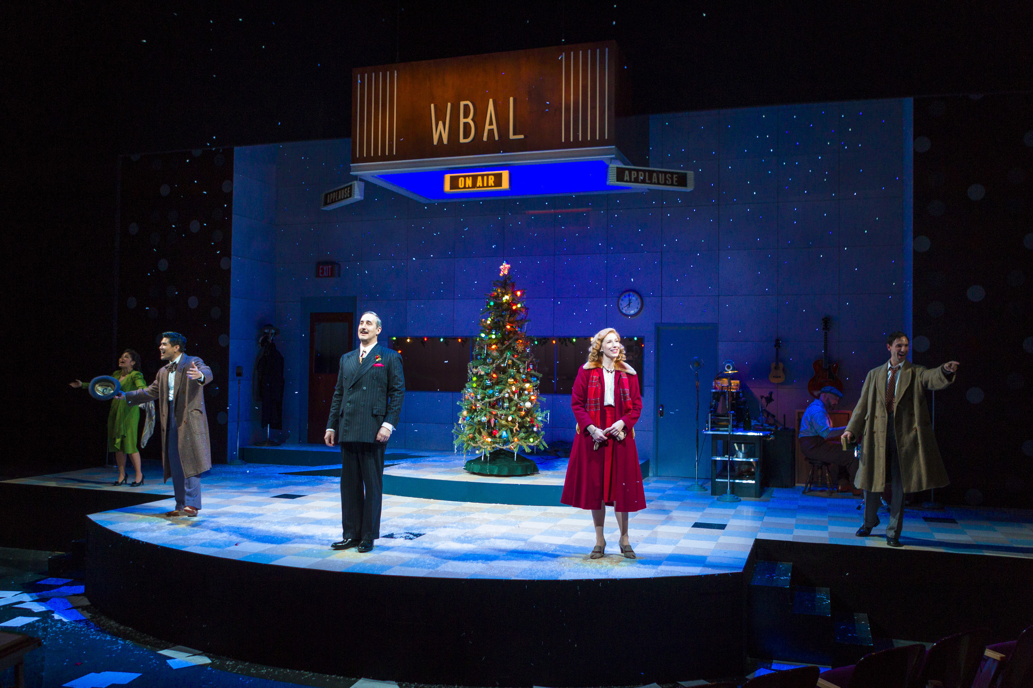 Charming Radio Play Version Of 39 It 39 S A Wonderful Life 39 At Center Stage Carroll County Times