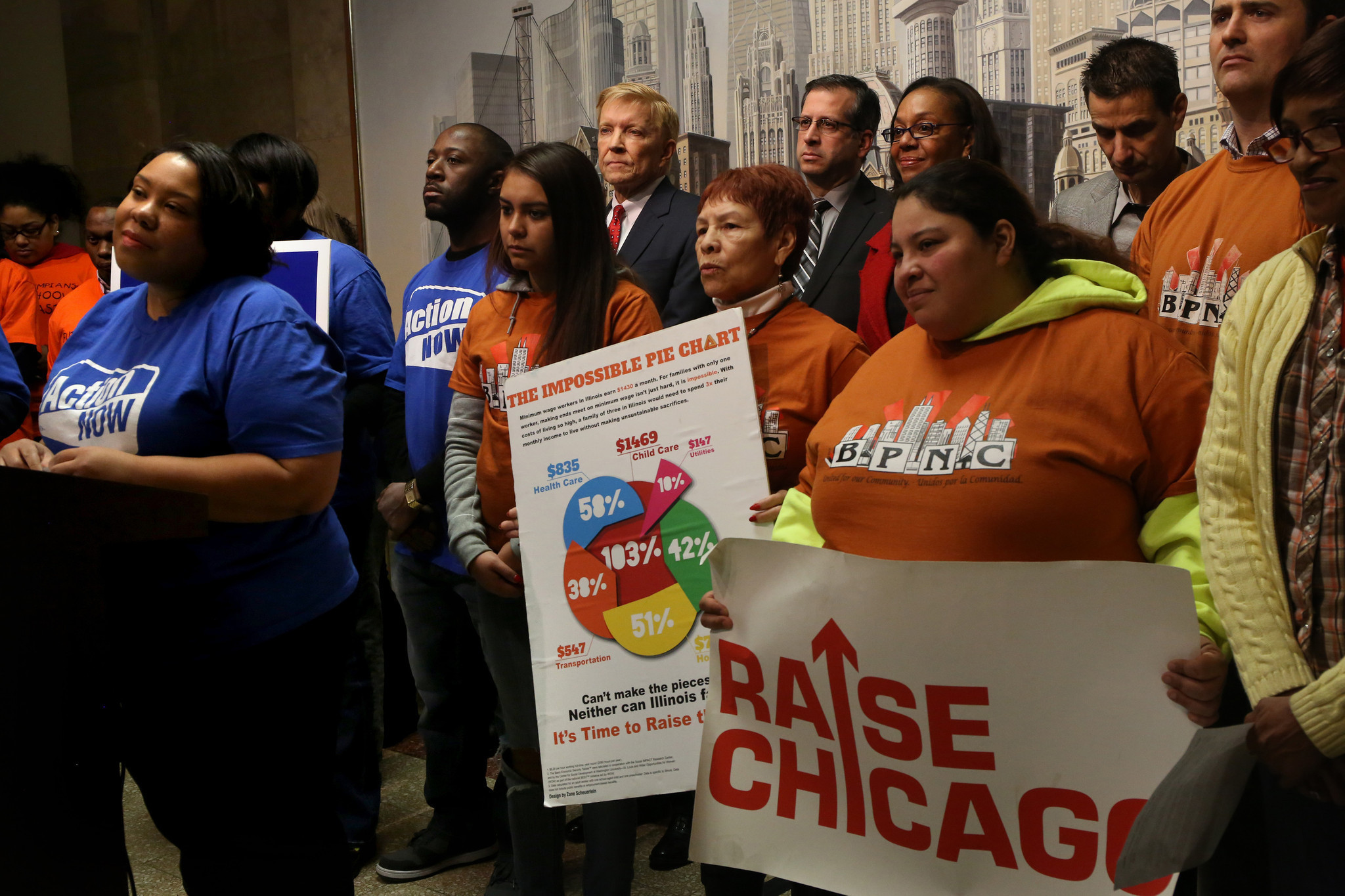 minimum wage hike draws ire praise chicago tribune